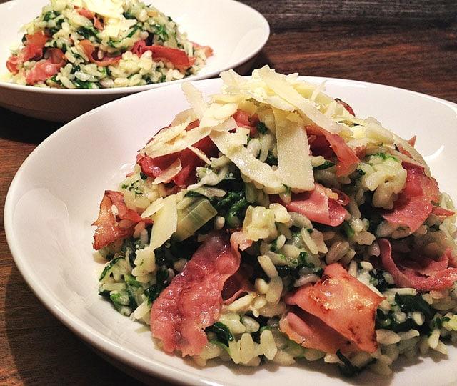 Risotto met gorgonzola, spinazie en ham