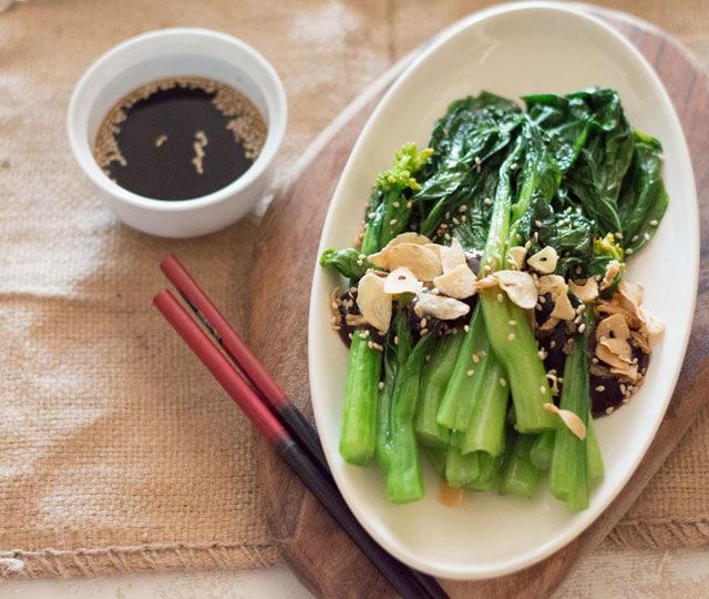 eef kookt zo - choy sum (bloeiende chinese kool) met oestersaus