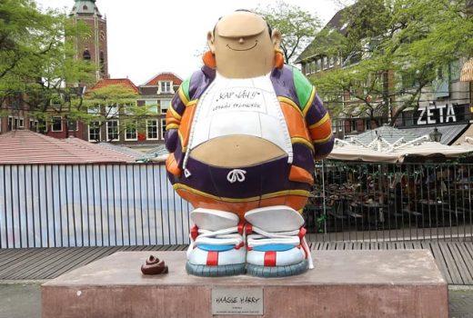 Foto van het standbeeld van Haagse Harry - Den Haag