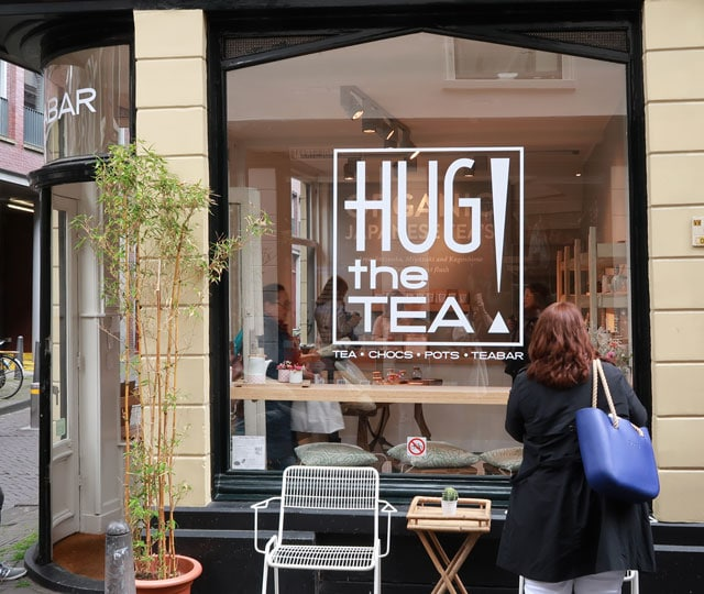 Hug the tea in Den Haag - buitenkant pand