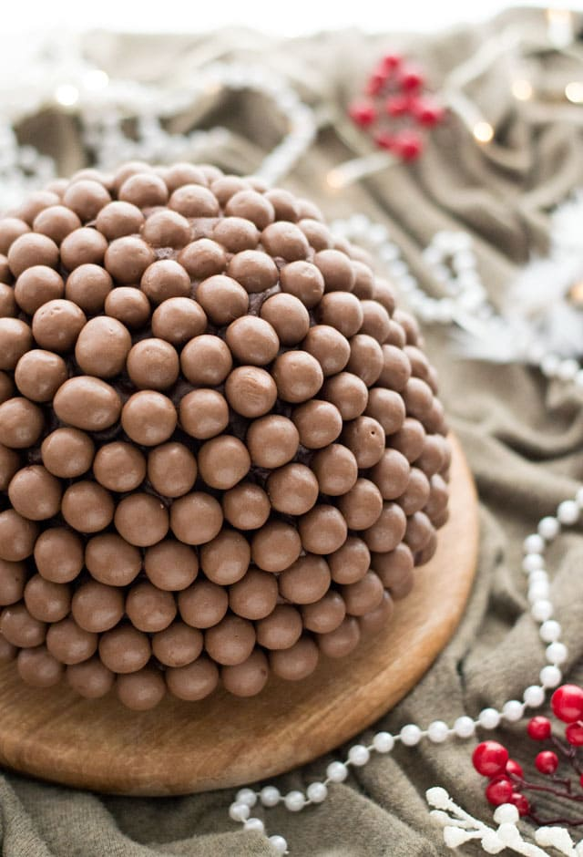 IJsbombe met cake en maltesers