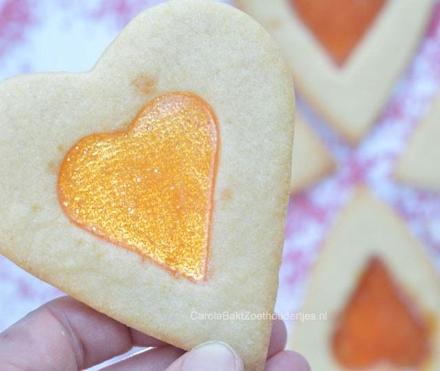Valentijn recepten: glas in lood koekjes