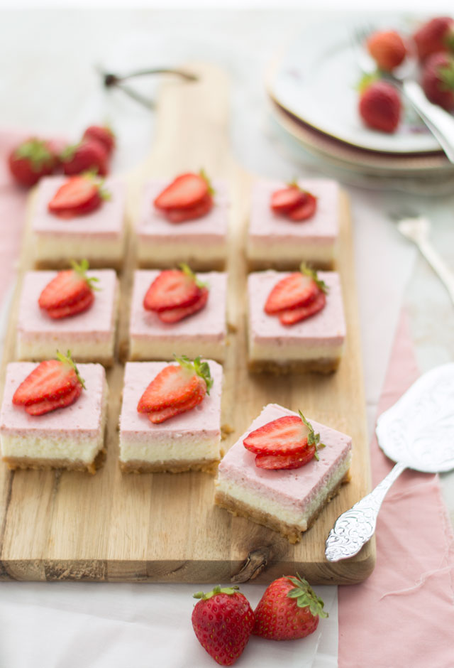 Luchtige aardbeien cheesecake met yoghurt
