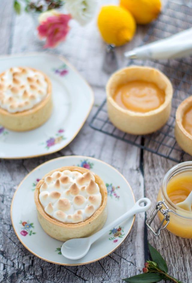 Citroen meringue tartelettes