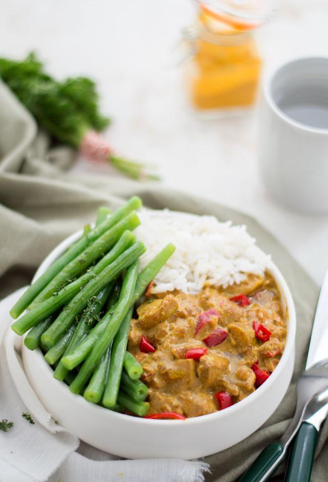 Kip madras met rijst en greonten