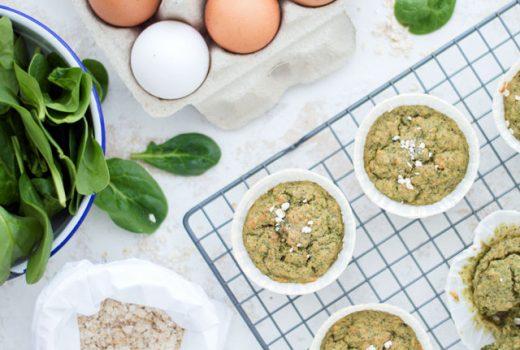 Havermout muffins met banaan en spinazie