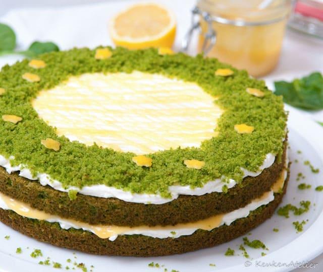 Green velvet taart met lemon curd