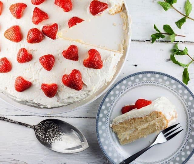 Aardbeiencake met lemon curd