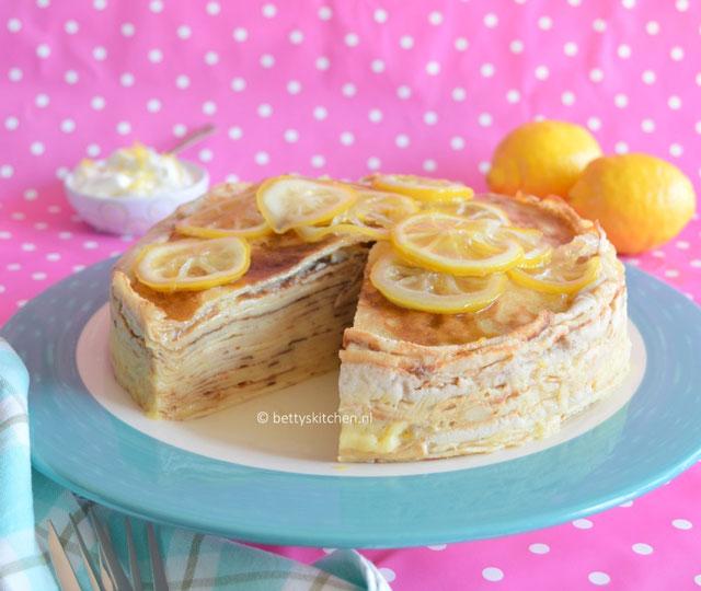 Pannenkoekentaart met lemon curd