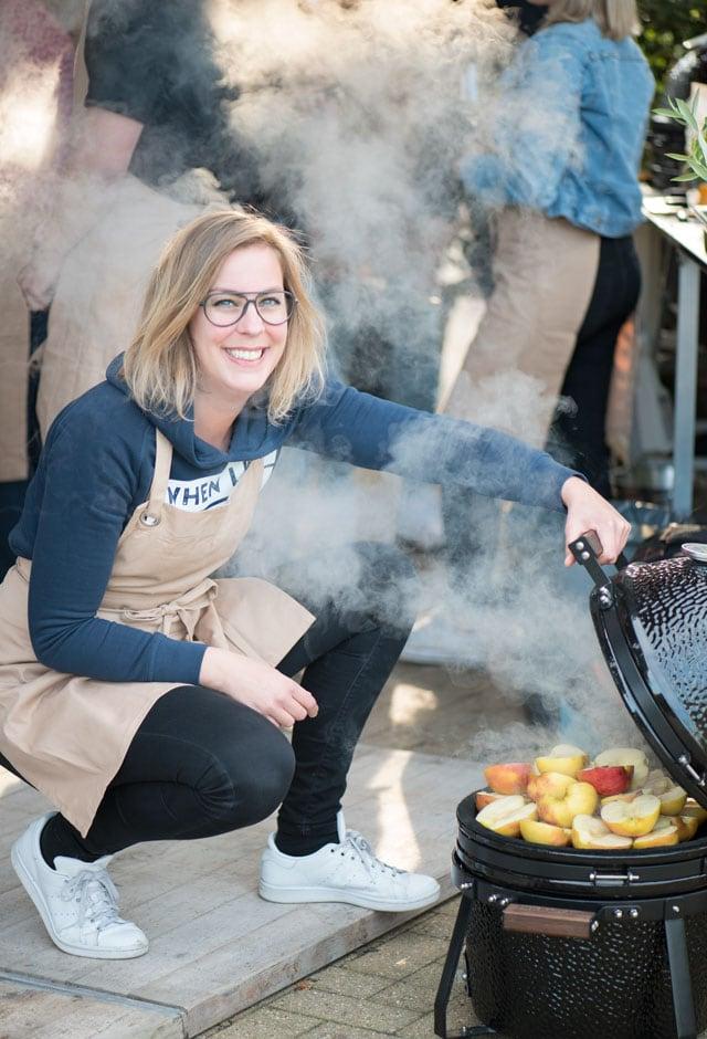 Annie Pannie aan de BBQ - Portret fotografie