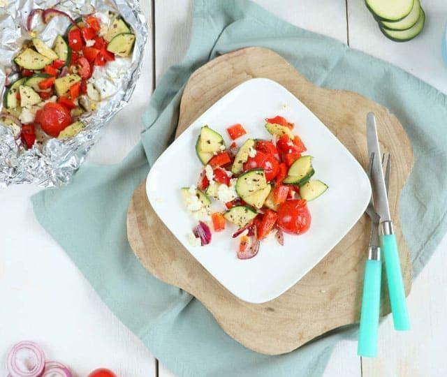 Vegetarische groenten pakketjes van de BBQ