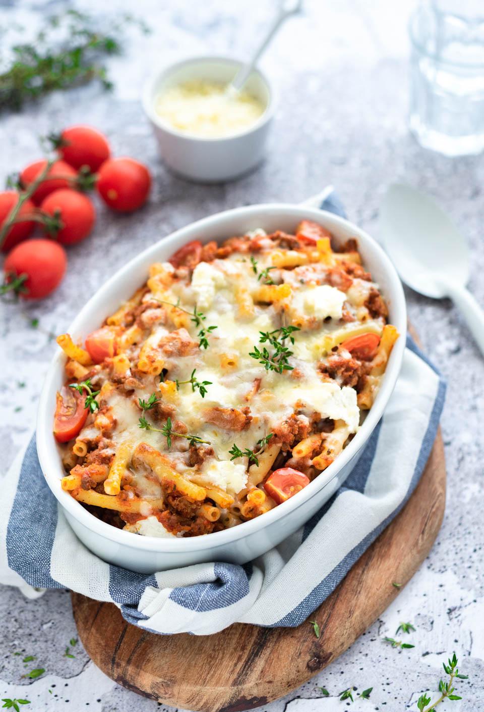 Ovenschotel met macaroni gehakt en kaas