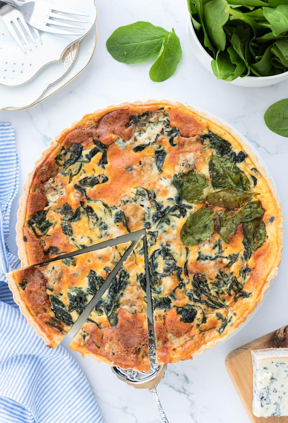 Vegetarische quiche met spinazie en gorgonzola