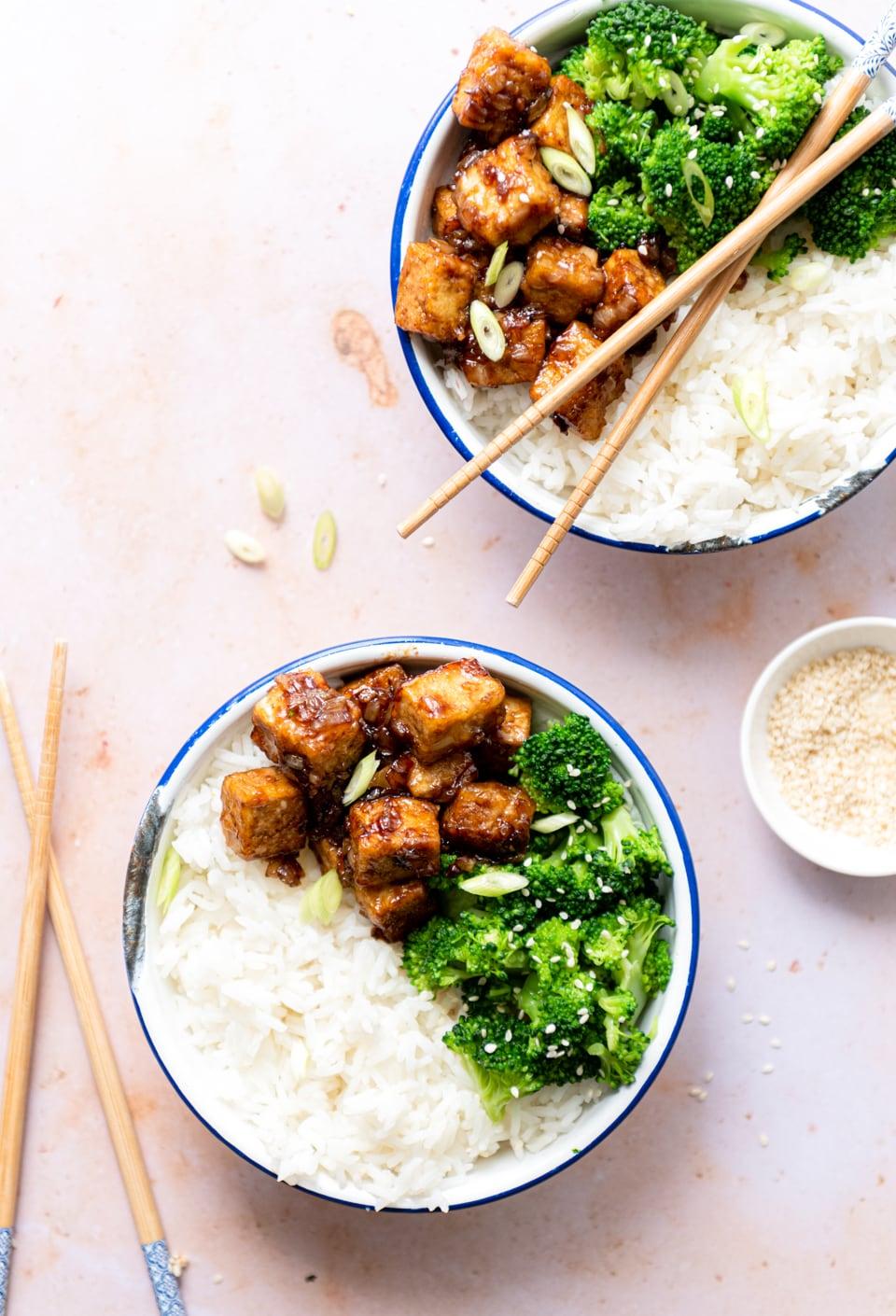 Sticky tofu, broccoli en rijst