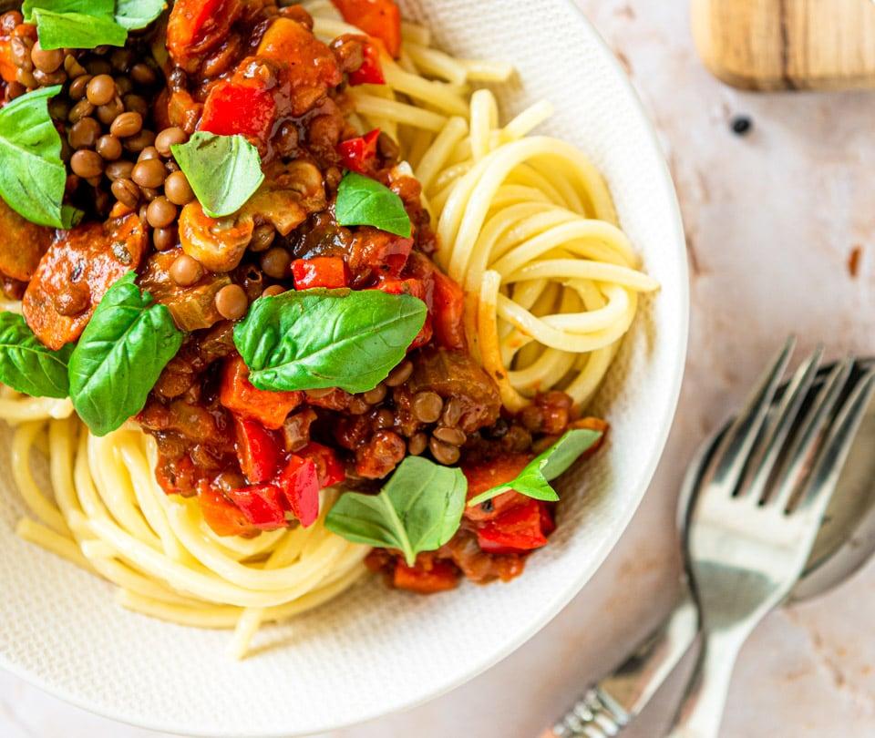 Vegan spaghetti bolognese met linzen