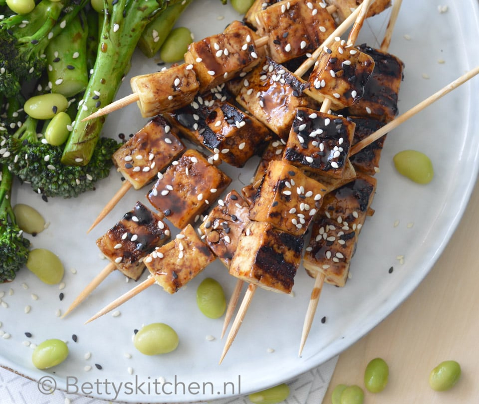 teriyaki tofu spiesjes
