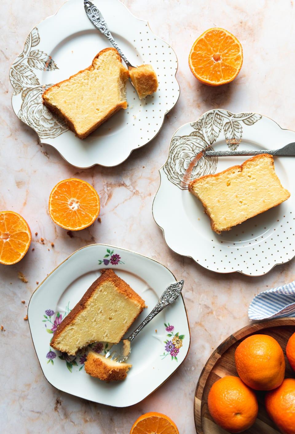 Plakjes mandarijn cake