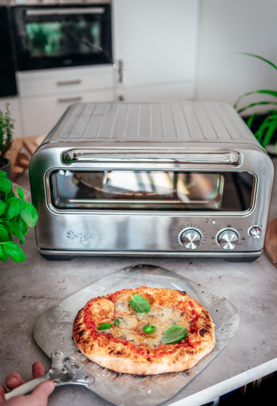Pizza uit de Sage pizzaioli