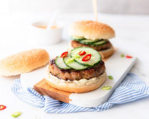 Aziatische kipburger
