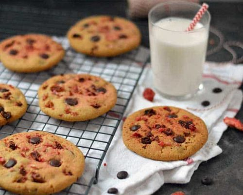 Chocolate chip cookies met aardbei