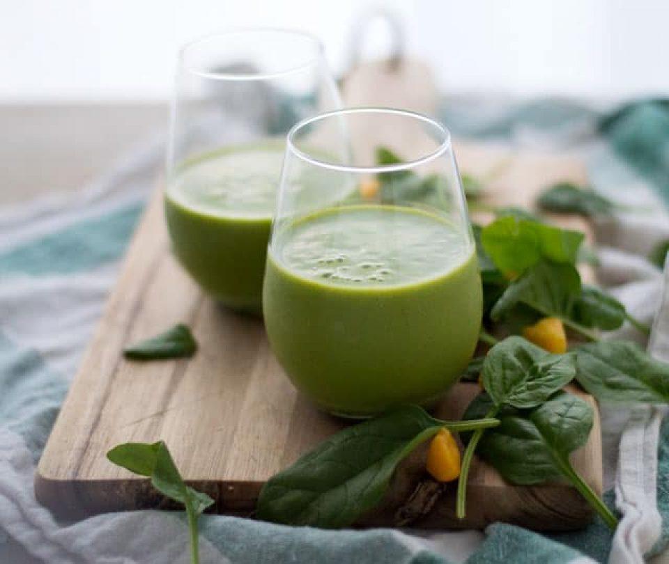 Groene smoothie spinazie mango