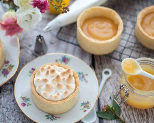 Kleine citroen meringue taartjes
