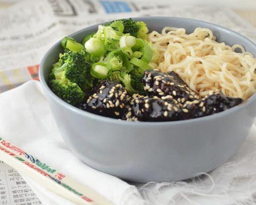 Noodles met Mongolian Beef en Broccoli