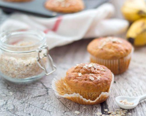 Ontbijtmuffins met banaan en yoghurt