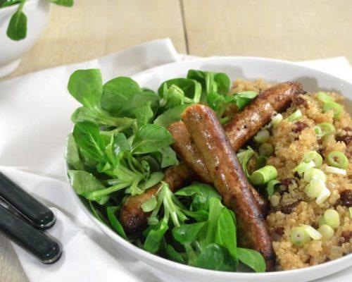 Quinoa met rozijnen & kruidige worstjes